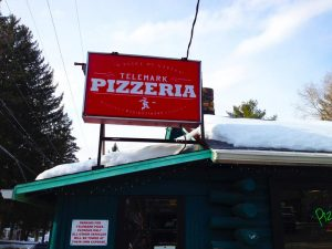 telemark-pizza-storefront-signage